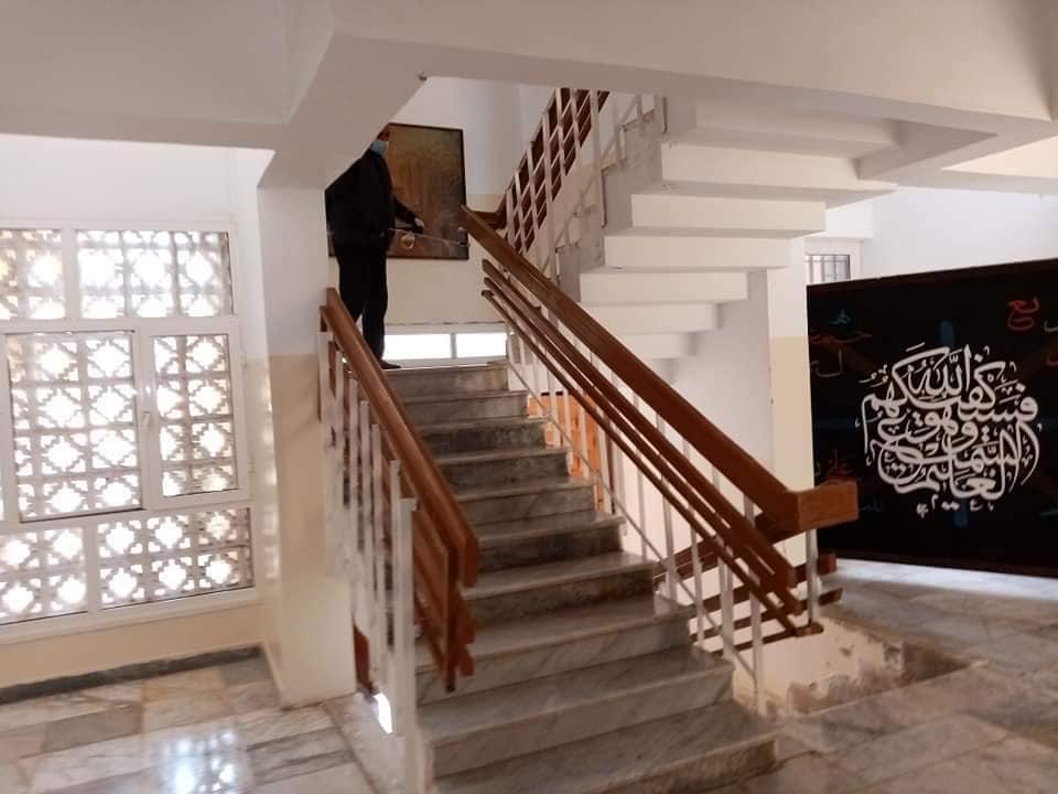 حملة تعقيم ادارة جامعة صبراتة في اطار الوقاية من مرض كورونا المستجد حفظ الله ليبيا01