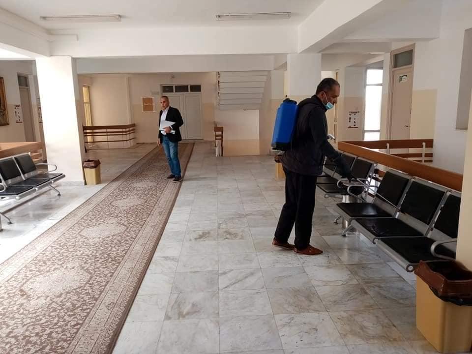حملة تعقيم ادارة جامعة صبراتة في اطار الوقاية من مرض كورونا المستجد حفظ الله ليبيا03