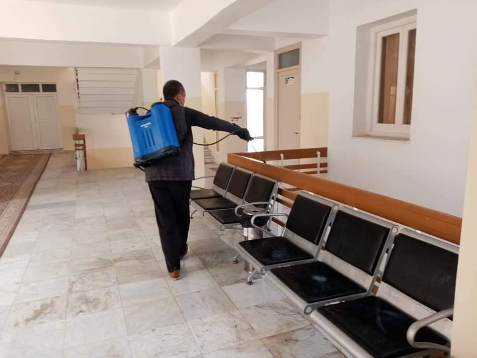حملة تعقيم ادارة جامعة صبراتة في اطار الوقاية من مرض كورونا المستجد حفظ الله ليبيا04