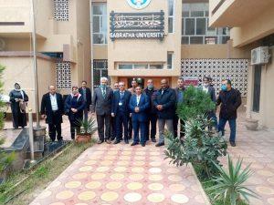 الوفود المشاركة بمشروع حوكمة الدراسات العليا تزور مقر الإدارة العامة لجامعة صبراتة