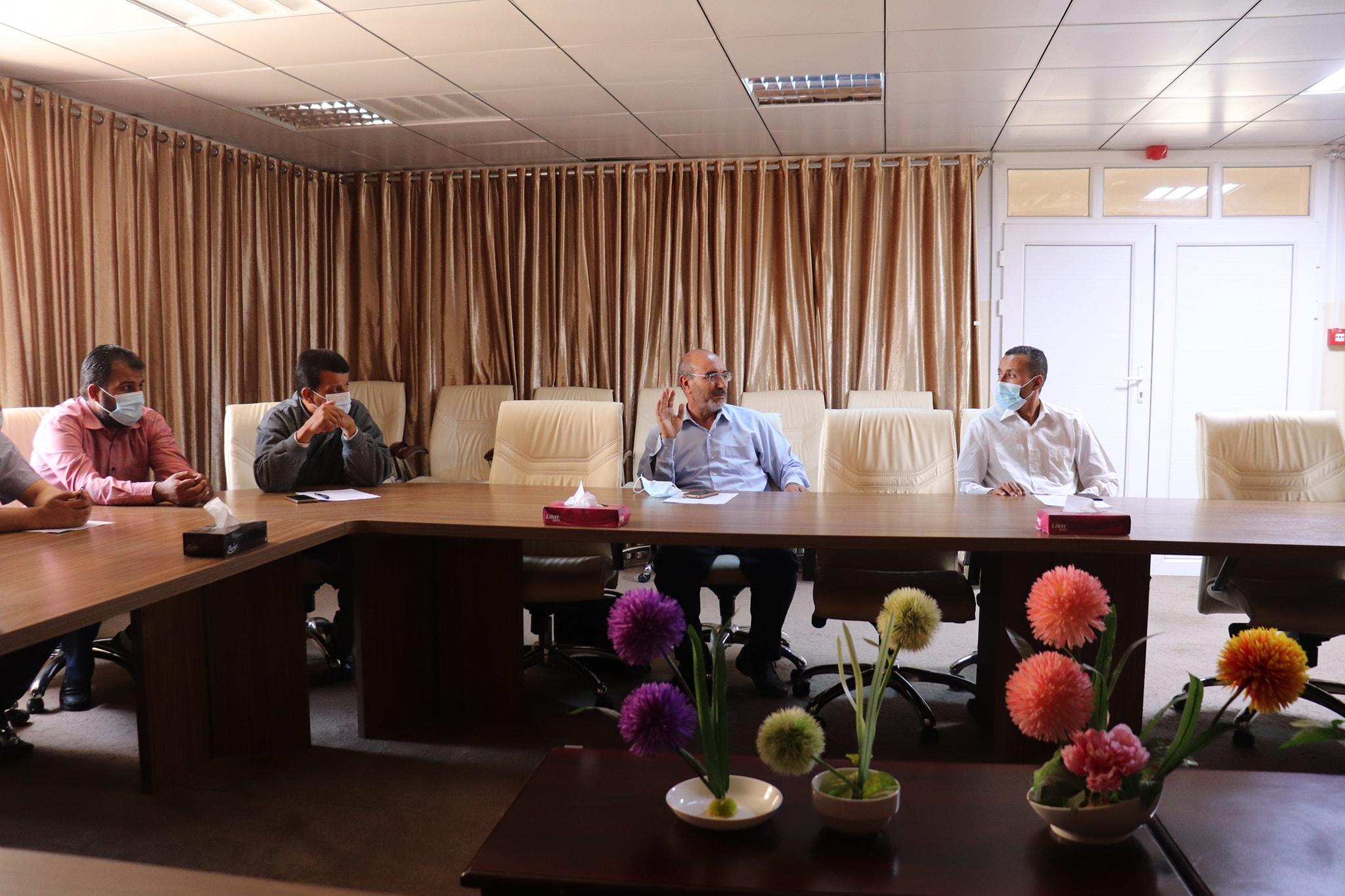 الإجتماع الثالث لمركز البحوث والإستشارات بجامعة صبراته