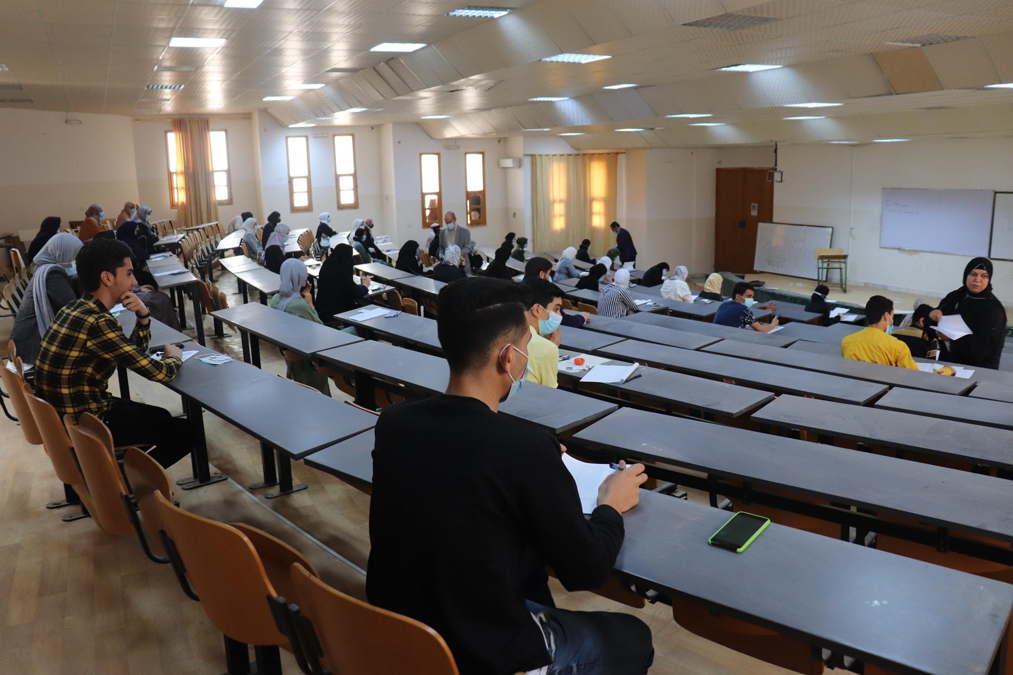 إنطلاق إمتحانات المفاضلة للكليات الطبية لقبول الطلبة الجدد للعام الدراسي 2021/2020 بجامعة صبراته